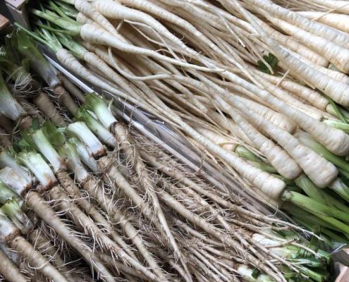 Mini-légumes du jardin d'Eric Roy récoltés à la main